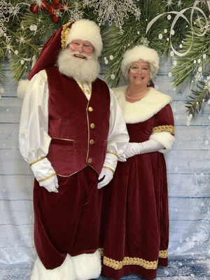 Santa Jerry Wise and Mrs Claus